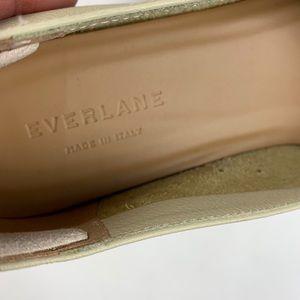 Everlane Shoes - Everlane Glove Tan Cream Flats size 7